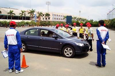 Đào tạo lái xe giá rẻ tại TpHCM