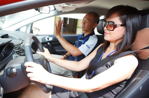 Đào tạo lái xe ô tô quận 10 chất lượng